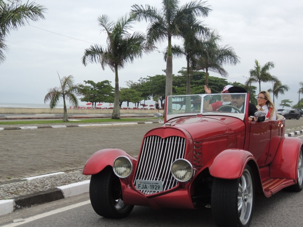 Carruagens Tomaselli - Serramar shopping ford Hot Rod 29